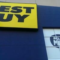 Photo taken at Best Buy by Petey P. on 12/22/2013