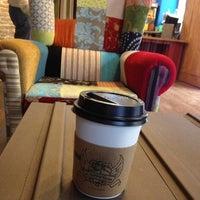 1/10/2013 tarihinde Irene R.ziyaretçi tarafından El Último Mono Juice & Coffee'de çekilen fotoğraf
