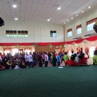 Photo taken at Dewan Serbaguna Mositun by Nazh A. on 10/4/2013