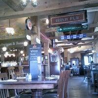 5/15/2012 tarihinde Roberta M.ziyaretçi tarafından Claddagh Irish Pub'de çekilen fotoğraf