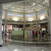 7/22/2012 tarihinde Fabrício B.ziyaretçi tarafından Teresina Shopping'de çekilen fotoğraf