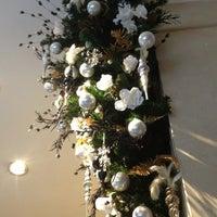 Снимок сделан в Tosca Caffè пользователем didi s. 12/28/2012