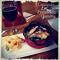 Photo taken at Potlatch Gourmet Laureles by Carolina G. on 3/30/2014