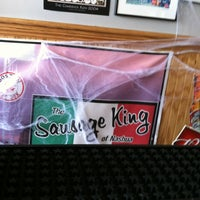 Photo prise au The Sausage King of Nashua par Justin W. le10/20/2012
