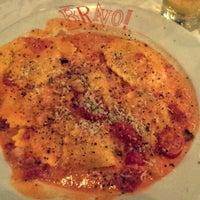 Das Foto wurde bei BRAVO! Cucina Italiana von Ashton K. am 5/12/2014 aufgenommen