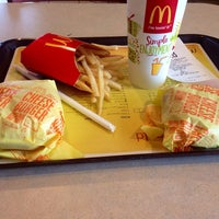 Photo taken at McDonald's by Laur on 8/4/2014