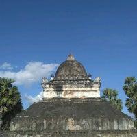 Photo taken at Wat Visuonnaradh by Sasha G. on 1/23/2017