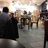 Photo taken at Starbucks by Bianca D. on 11/4/2012