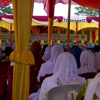 Photo taken at Masjid Raya Arafah by mariska e. on 9/22/2012