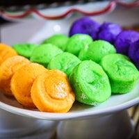 Photo taken at Leelin Bakery & Cafe by Leelin Bakery & Cafe on 3/24/2014