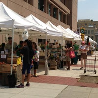 Photo taken at 14th and U Farmer's Market by Matt A. on 7/20/2013
