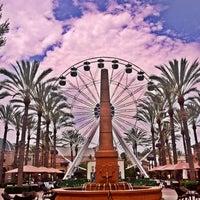 Foto tomada en Irvine Spectrum Center por Matt E. el 7/5/2013