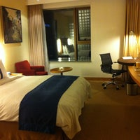 Photo taken at Holiday Inn Express by Mew M. on 10/20/2012