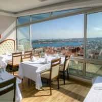 6/7/2014 tarihinde Sur Balik Restaurantziyaretçi tarafından Sur Balık'de çekilen fotoğraf