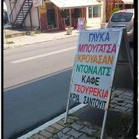 Photo taken at Ζαχαροπλαστειο Αναστασια by Lefteris S. on 7/22/2014