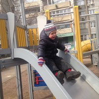 3/21/2016에 Анюто4ка🙈 Т.님이 Любимая Лавка Во Дворе에서 찍은 사진