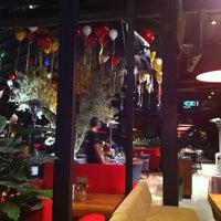12/12/2013 tarihinde Ebru M.ziyaretçi tarafından Cafe Locale İstanbul'de çekilen fotoğraf