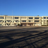 Photo taken at 立川市立 柏小学校 by hamburgerkid on 1/23/2015