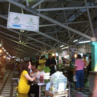 Photo taken at Pracha Niwet 1 Market by Ann S. on 12/5/2012