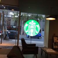 4/26/2016 tarihinde Sergio S.ziyaretçi tarafından Starbucks'de çekilen fotoğraf