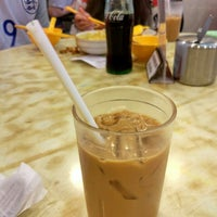 Photo taken at Sun King Yuen Curry Restaurant 新景園咖哩小廚 by Leirda on 7/16/2016
