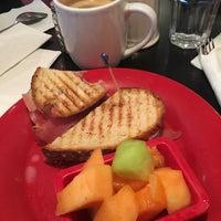 Photo taken at Rockn' Joe Coffeehouse & Bistro by Mari Y. on 3/19/2017