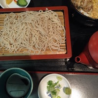 Photo taken at 手打ちそば・うどん 成田屋 by Emi.k.o m. on 10/1/2016