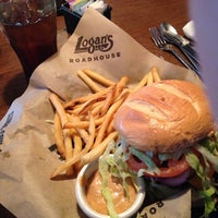Photo taken at Logan's Roadhouse by Mark O. on 4/6/2014