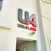 รูปภาพถ่ายที่ Urban Arts โดย Arthur D. เมื่อ 5/25/2013