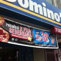 Photo taken at Domino's Pizza by ninxera I. on 8/31/2013