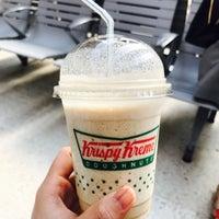 Photo taken at Krispy Kreme by Aphirat ♡ S. on 4/7/2017
