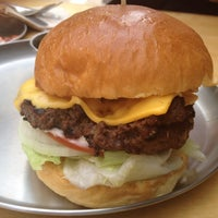 Photo taken at Burger Craft by Mr. S. on 5/31/2014