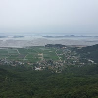 Photo taken at 마니산 등산로(계단로) by Clare J. on 6/24/2017
