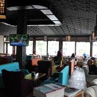 6/23/2014 tarihinde Mesken Cafeziyaretçi tarafından Mesken Cafe'de çekilen fotoğraf