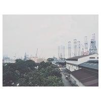 Das Foto wurde bei Jurong Shipyard von Aristotle H. am 11/15/2013 aufgenommen
