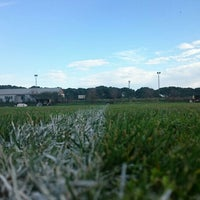 Photo taken at Maltepe Spor Kulübü Tesisleri by Alirizatahir S. on 11/25/2015