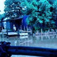 Photo taken at Tambangan Perahu by antonov f. on 2/7/2014
