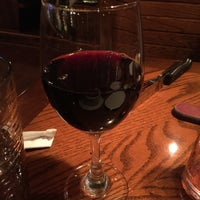Photo taken at Outback Steakhouse by Jose R. on 5/25/2015