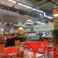 Photo taken at Carrefour by Heri A. on 8/4/2016