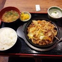 Photo taken at 街かど屋 八尾青山町店 by 大阪腐民 ツ. on 8/30/2014