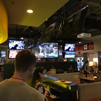 Photo taken at Buffalo Wild Wings Grill & Bar by Balery M. on 3/18/2017