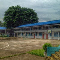 Photo taken at Immaculate Heart Academy by Rodel Jay C. on 9/17/2014