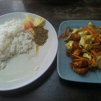 Photo taken at Restoran Sri Ala Kampung by Najjua Y. on 8/5/2015