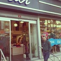 Photo prise au Ali Mağazaları par CAN le4/8/2014