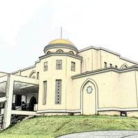 Photo taken at Masjid Nur Asmaul Husna by Dekki K. on 4/17/2015