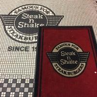 Photo taken at Steak 'n Shake by Frank M. S. on 2/11/2017