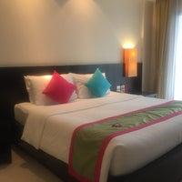 Photo taken at Apsaras Beach Resort And Spa Phang Nga by 🅾R🅰NGE S. on 4/29/2017