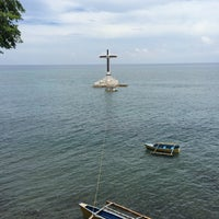 Photo taken at Sunken Cemetery Cross by Phyl Vincent T. on 5/25/2017