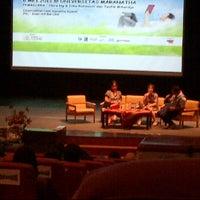 Photo taken at Gedung Administrasi Pusat (GAP) Lt 8 Teater Maranatha Christian University by Ogi Wong H. on 5/8/2013