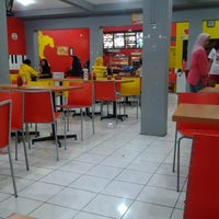 Photo taken at C'Bezt Fried Chicken by roby f. on 8/11/2013